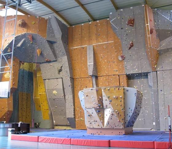 Halle des Sports: Mur d'escalade