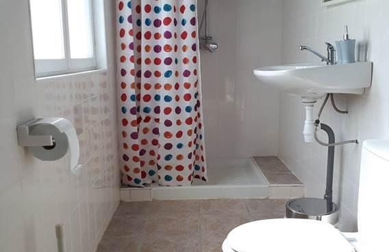 Mostarlic guesthouse -Salle de douche