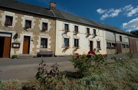 Le Nid d'Hirondelle, maison dans un village de Thiérache ardennaise - Girondelle - Ardennes