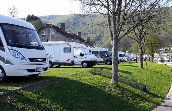 Aire de Camping-car Montehrmé