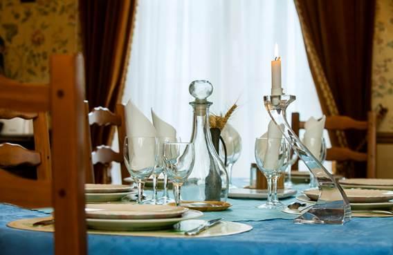 5 salle a manger table