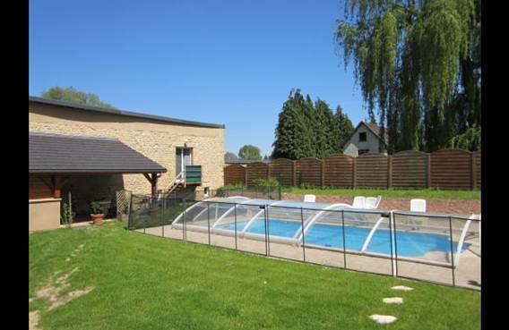 Maison à 8kms de Charleville-Mézières, piscine, prêt de vélos et topo guides - Haudrecy - Ardennes