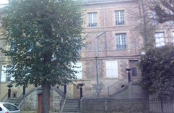 Chambres dans appartement de caractère avec vue Meuse - Charleville-Mézières - Ardennes