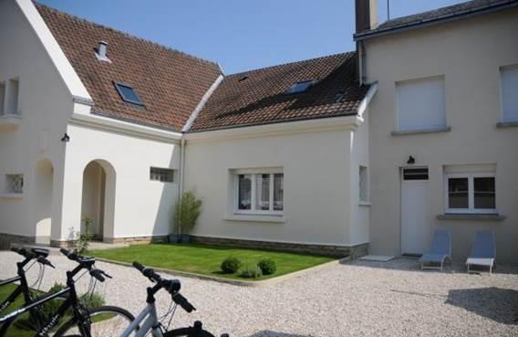 Propriété toute à vous sur voie verte à Sedan, chambre+S de B+WC en R de C - Glaire - Ardennes