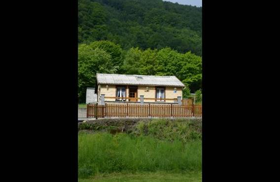 Maison indépendante, terrasse avec vue sur la Meuse, accès voie verte à 2 km - Laifour - Ardennes