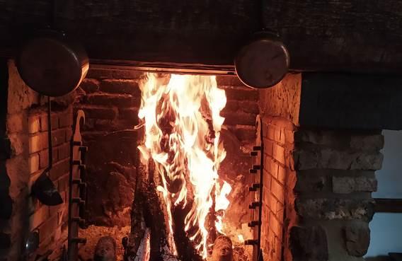 le médiéval - cheminée