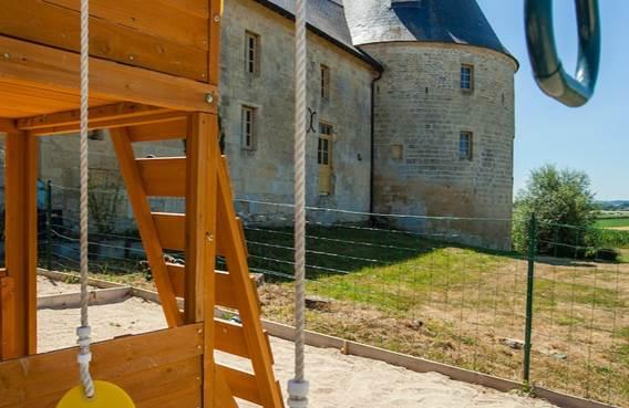 Le gîte de la tour de guet avec piscine privée et sauna - Charbogne - Ardennes
