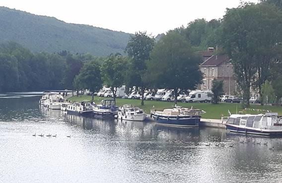 Halte fluviale Montherme