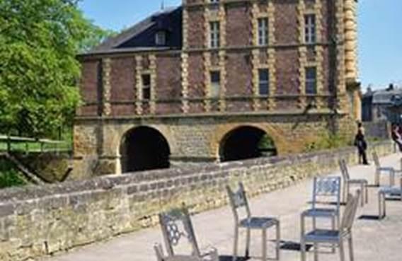 chaises vieux moulin