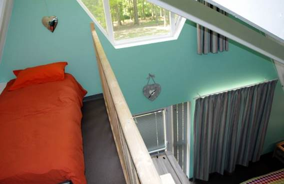 lit à l'étage pour les chambres triples