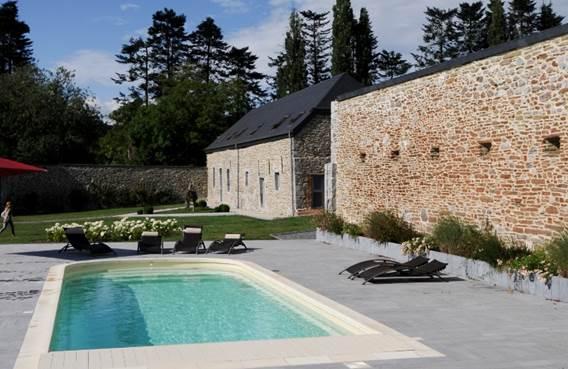 Chambres d'hôtes entre Meuse et collines avec piscine, en bord de Meuse  - Rancennes - Ardennes