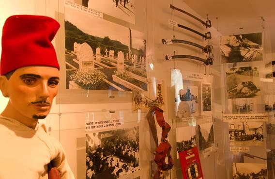 Musée des Spahis - statue et collection