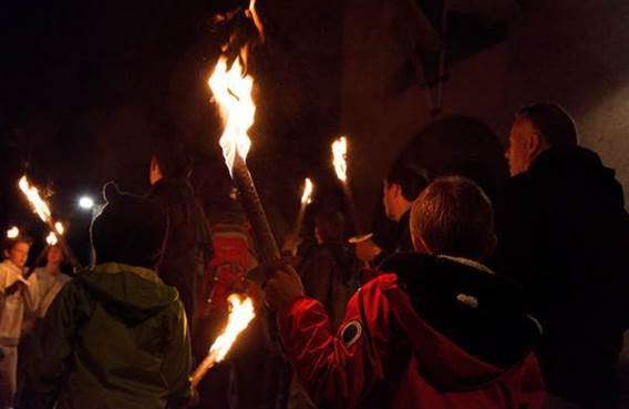 Visite guidée de Mézières aux flambeaux