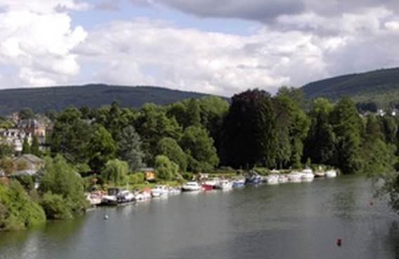 Halte fluviale Revin