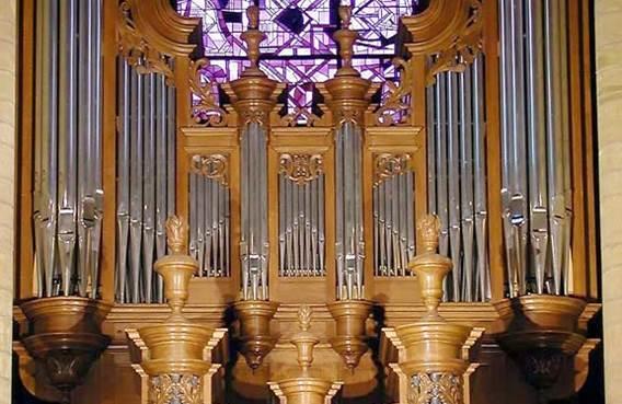 Visite guidée vitraux et orgues de la Basilique de Mézières