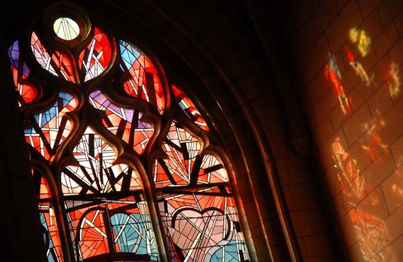 Visite guidée : Vitraux et orgues de la Basilique de Mézières