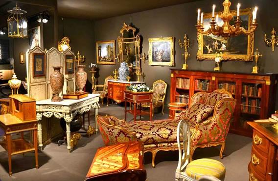 Salon de l'antiquité et de la brocante