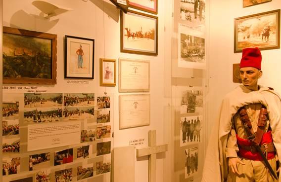 Musée des Spahis - statue et commémorations