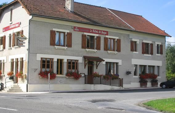 Relais de Bagot façade