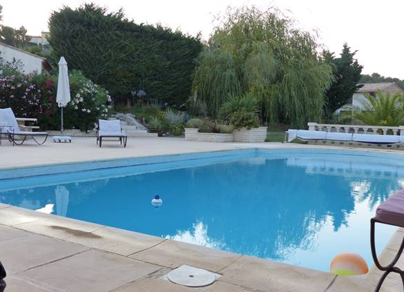 casadina-location-gites-saule-piscine-sommieres
