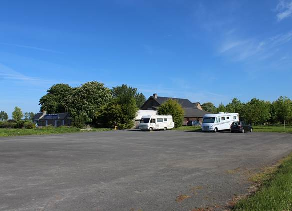 Nous vous accueillons gratuitement sur notre parking privé !
