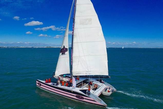 Navigation sur un maxi catamaran