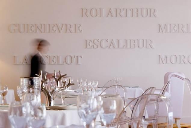 Restauration traditionnelle de gastronomie régionale, cuisine inventive et colorée