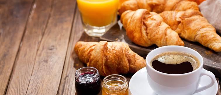 petit-dejeuner continental