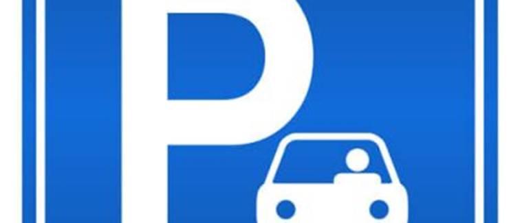 Domaine du Gué du Roi Parking