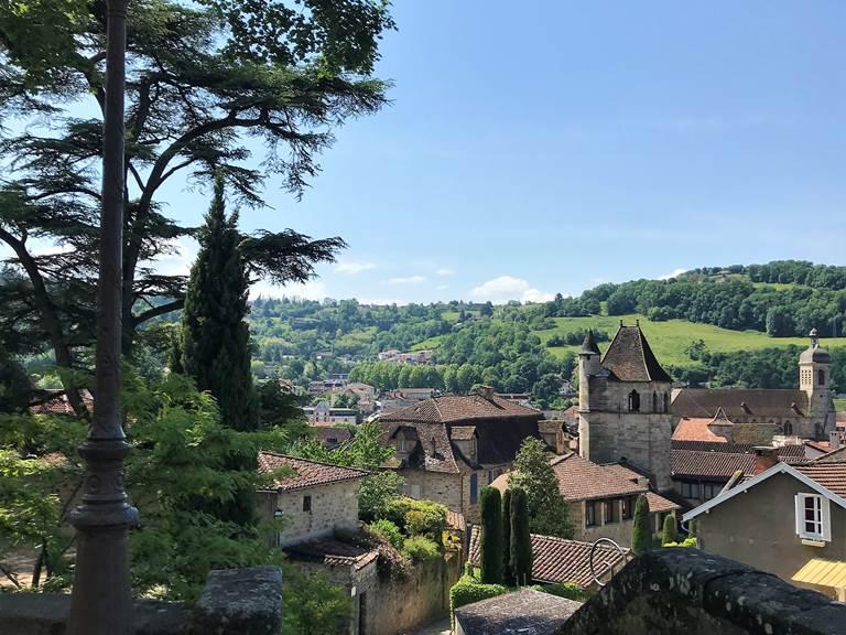 Panorama sur les toits de Figeac, Eglise du Puy, Château du Viguier
