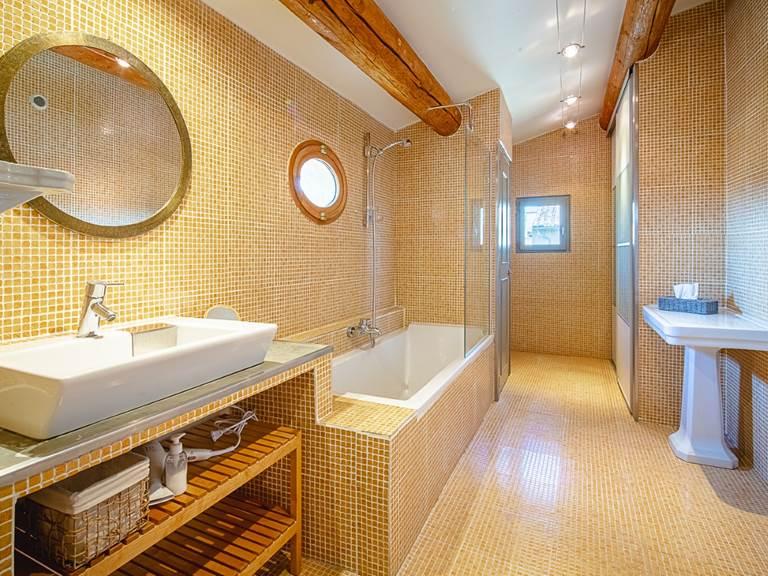 Salle de bains Roquefeuill