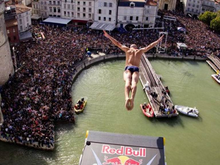red-bull-cliff-diving-series