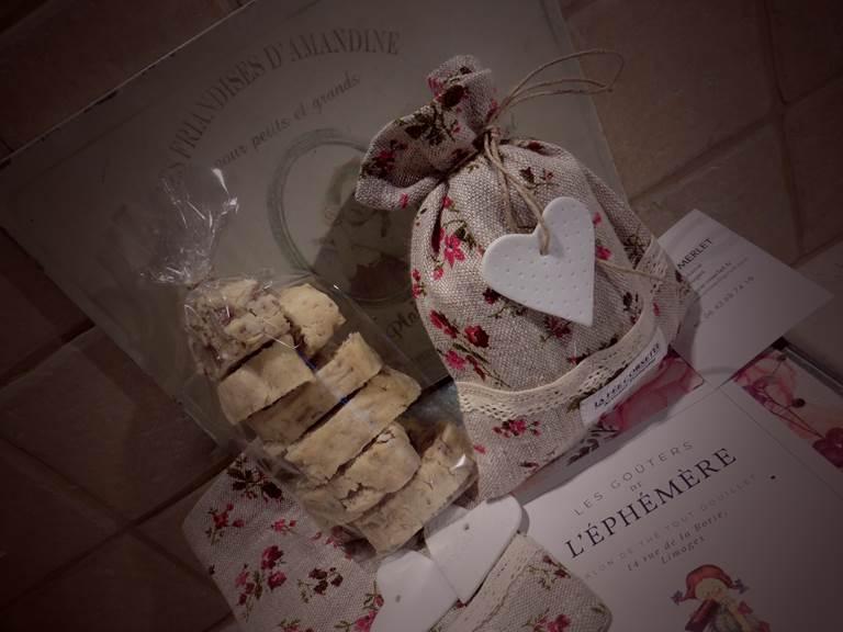 Les paquets de biscuits amandes de l'Ephémère - Limoges