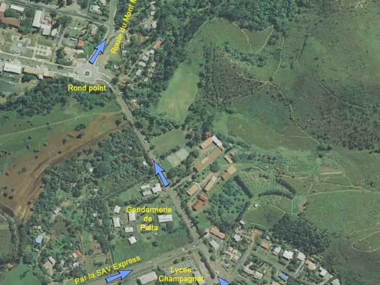 1-Entrée sud de Paita village par la SAV express ou par la RT1