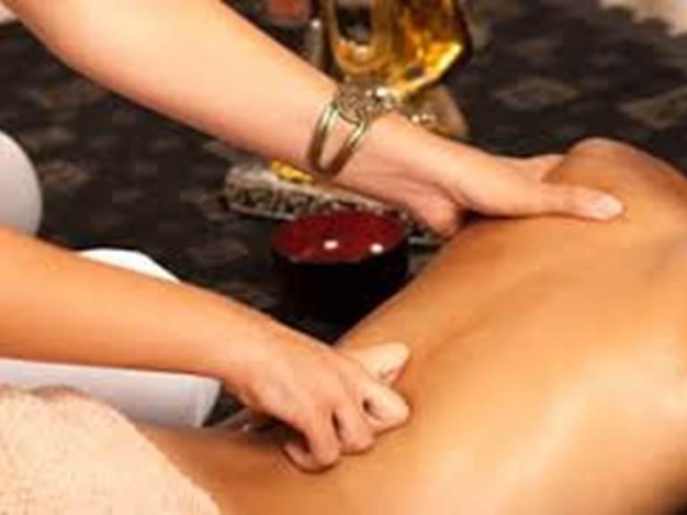 Massage Ayurve´dique forestiere monclar chambre hote
