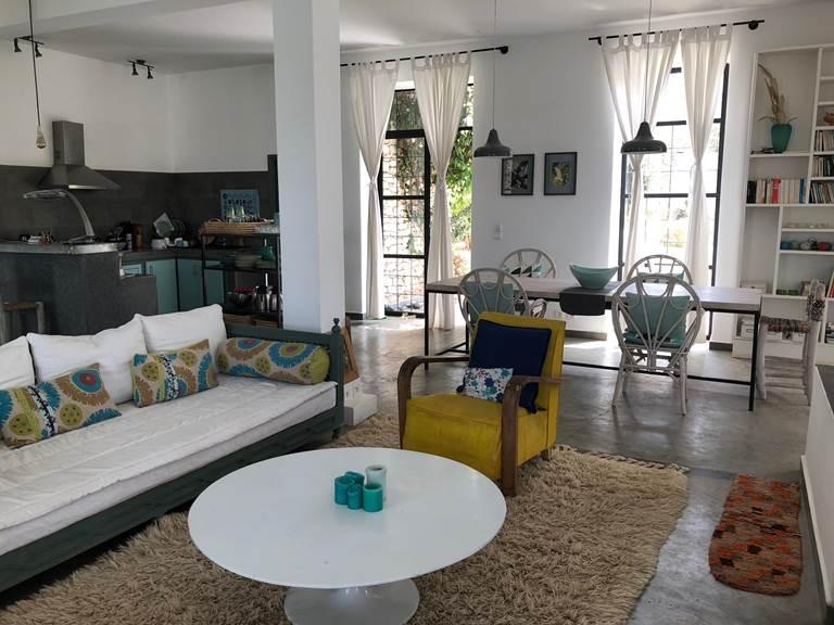 dar céleste -Essaouira - cuisine et salon