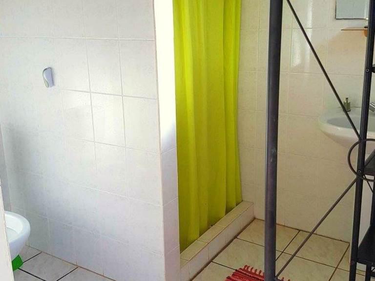 Bloc sanitaire dortoir