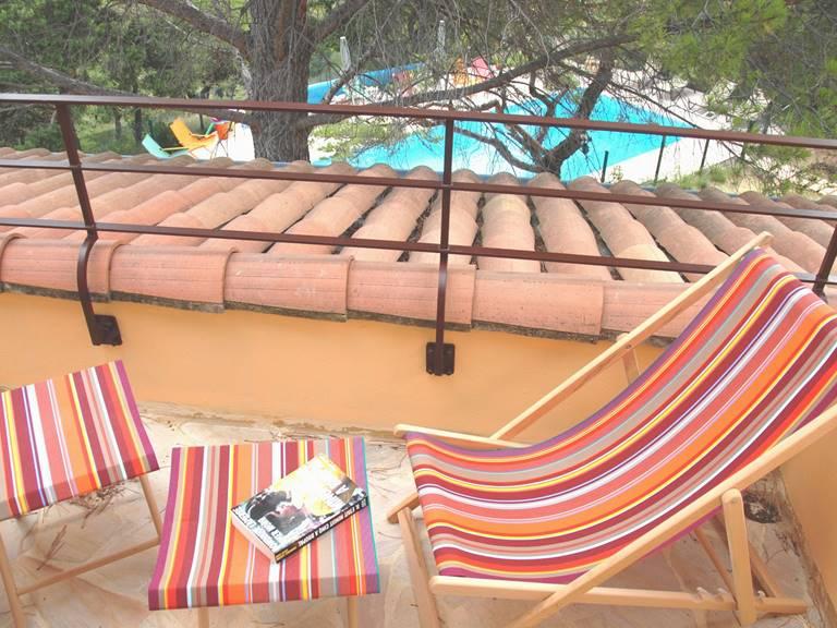 Terrasse chambre La Pinède