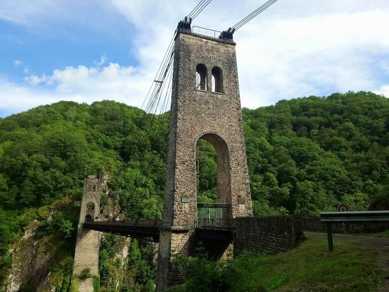 Viaduc des Rochers Noirs Lapleau Le Vendahaut