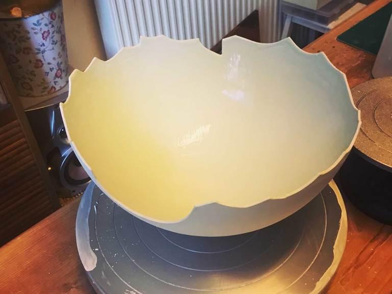 Oeuf de paques en porcelaine cours de poterie chambre-d-hote les matins rubis-tarn-et-garonne-occitanie-location-toulouse
