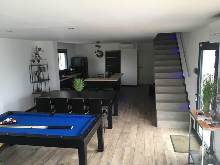 villa charles & ashton salon 2