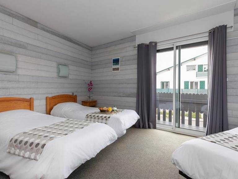 Chambre triple Hotel Le Rond Point Hossegor Landes
