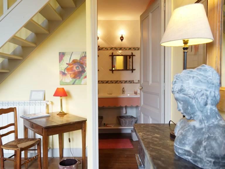 salle de bain chambre Tomette aux chambres d'hôtes la Rougeanne près de Carcassonne dans l'Aude