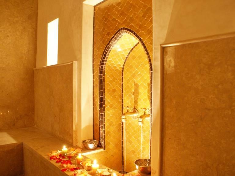 salle-chaude-hammam-kasbah-aalma-dor-marrakech