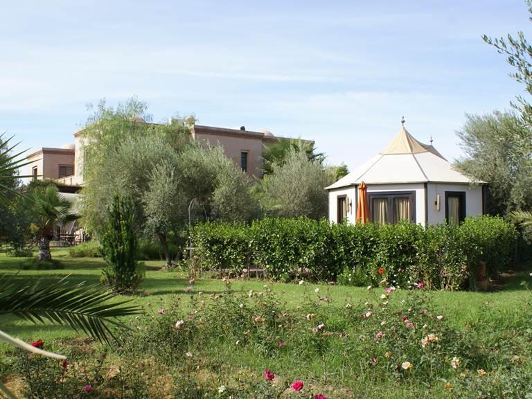 Suite sous tente caïdale et Kasbah Aâlma d'Or à Marrakech