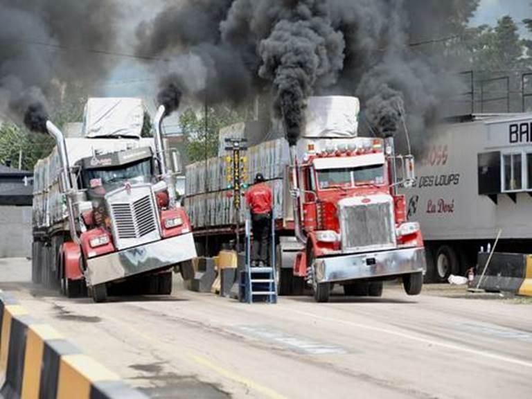 festival-des-camionneurs-de-la-dore-courses-de-camions