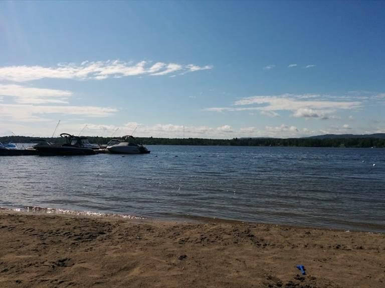Le Lac et quai