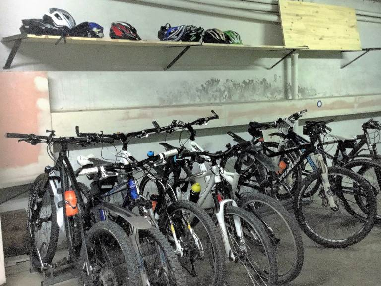 Garage Vélos & Motos