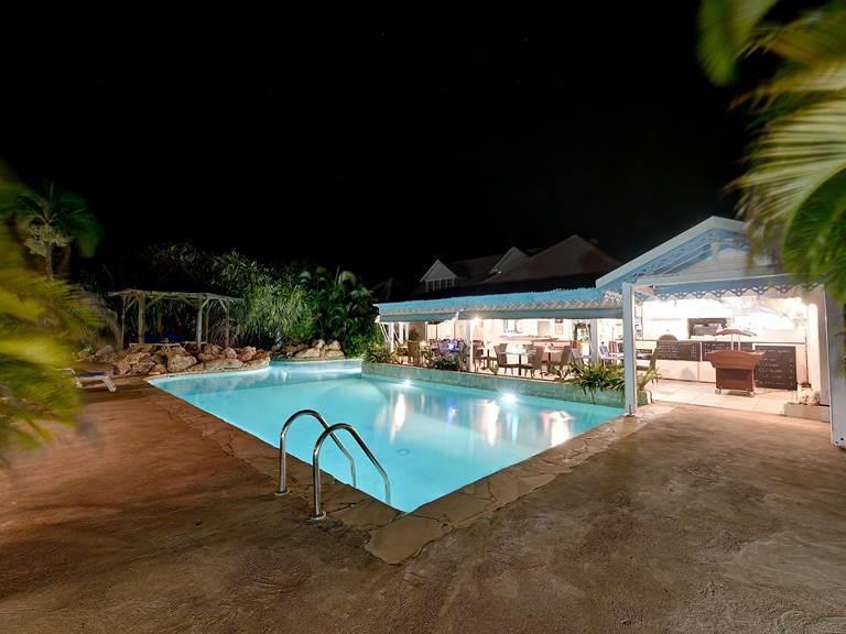 Restaurant nuit hostellerie des chateaux guadeloupe