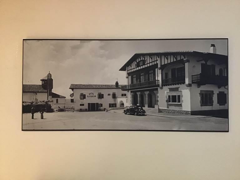 Hôtel Restaurant Elissaldia, Ouverture en 1945, Affaire Tenue Par La Famille Exposito